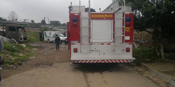 BOMBEIROS DENTRO