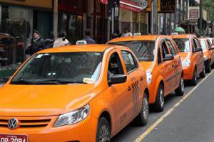 taxi curitiba