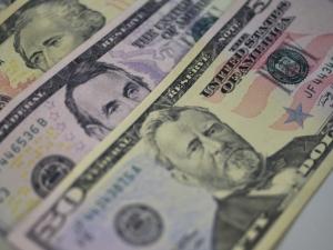 dolar leilao