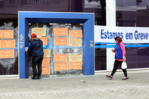 greve-bancarios-260913-bandab