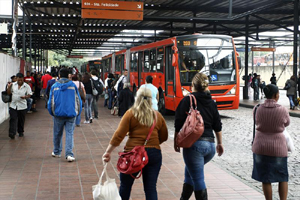 transporte-publico-170913-bandab
