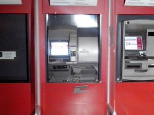 banco_dentro 09102013