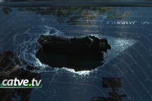 carro-apedrejado-091013-bandab
