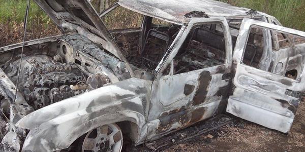 carro-queimado-160114-bandab