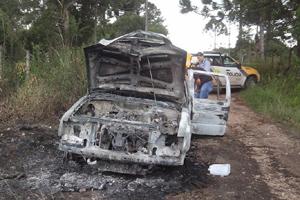 carro-queimado-160114-bandab2