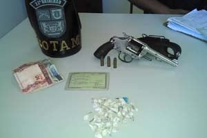 matra-policial-140114-bandab