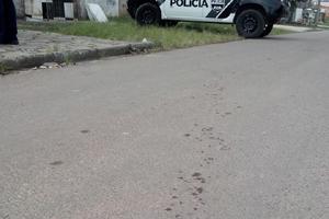 Rastro de sangue levou polícia até local do crime. (Foto: Danaê Bubalo - Banda B)