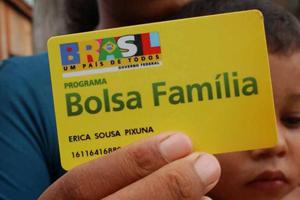 bolsa-familia-280514-bandab