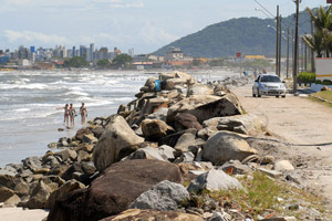 Beira mar de Matinhos.Matinhos, 12-01-2012Foto: Arnaldo Alves / AENotícias.