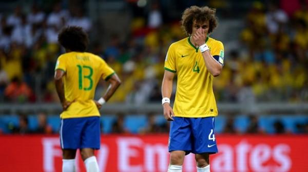 Ídolo até então, David Luiz esteve perdido contra a Alemanha