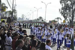 desfile-civico