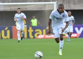 Marcelo pode deixar o Furacão, mas enfrenta o Goiás (Foto: Divulgação/CAP)
