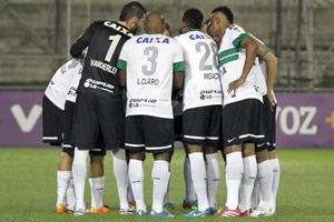 Coxa precisa da vitória para voltar a respirar na competição (Foto: Divulgação/Coritiba)
