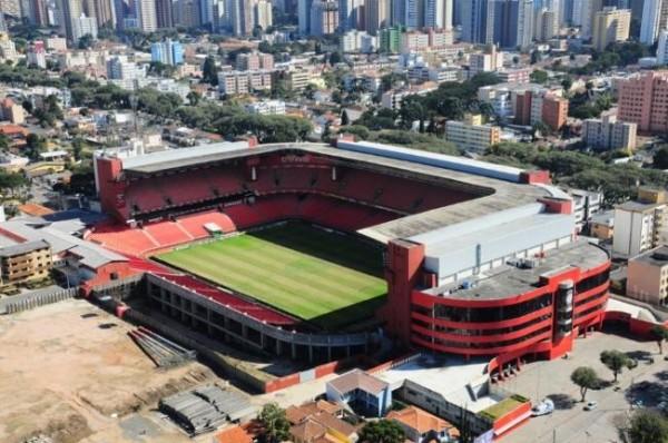 Arena após a construção do setor Brasílio Itiberê inferior (Foto: Divulgação/CAP)