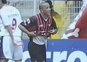 Alex Mineiro fez os três gols da vitória atleticana. (Reprodução)