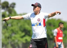 Furacão espera vitória para se afastar do perigo de rebaixamento. (Divulgação/Atlético)