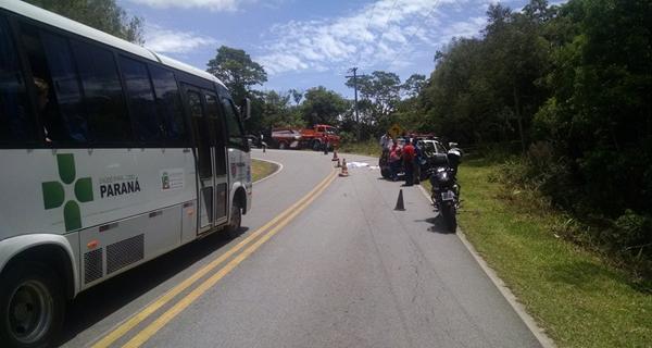 Motorista do caminhão fugiu (Foto: Antônio Nascimento - Banda B)