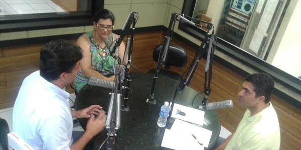 bandab-radiodebatedentro