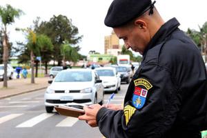 Cresce número de motoristas com habilitação suspensa no Paran