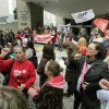 Manifestação em frente a Secretaria da Fazenda.Foto: SEFA