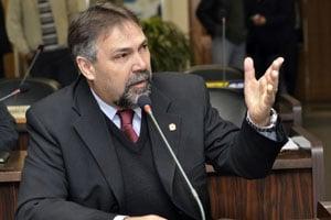 Derosso era o presidente da Câmara em 2003 (Foto: Divulgação)