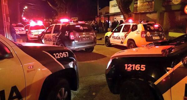 Policial civil se levanta de mesa durante assalto em - Mesa que se levanta ...