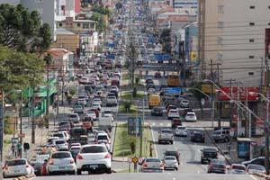 Emplacamento de carros novos cai 21% no primeiro semestre. Foto: Detran PR