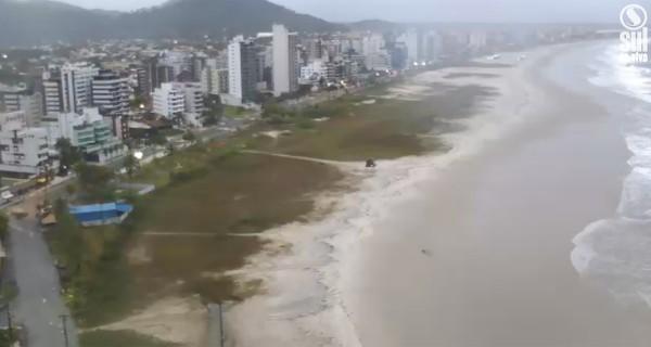 Grupo estava na Praia Brava de Matinhos (Reprodução Sul Ao Vivo)