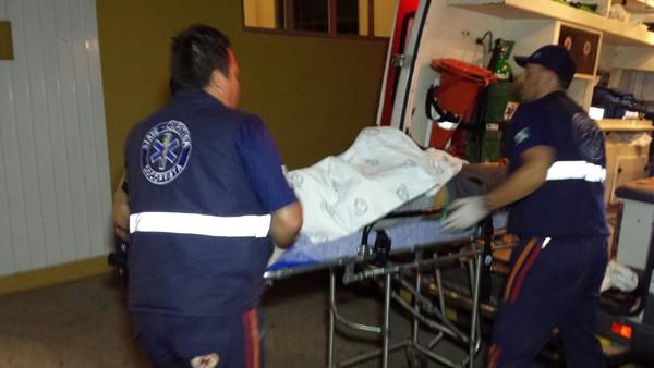 Amigos não aceitam morte e obrigam socorristas a levar corpo em ambulância  com sirene ligada até hospital - Banda B