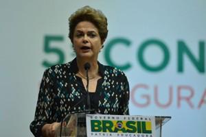 Brasília - A presidenta Dilma Rousseff participa da abertura da 5ª Conferência Nacional de Segurança Alimentar e Nutricional, no Centro de Convenções Ulysses Guimarães (Valter Campanato/Agência Brasil)