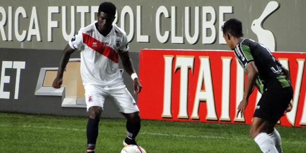 Rafael Carioca jogou pela primeira vez na temporada no último domingo. (Monique Vilela/Banda B)