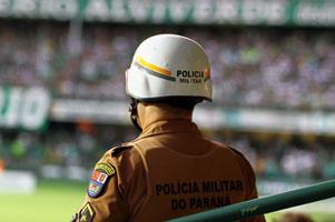 06-03-2016 Futebol paraná x coritiba no Couto pereira