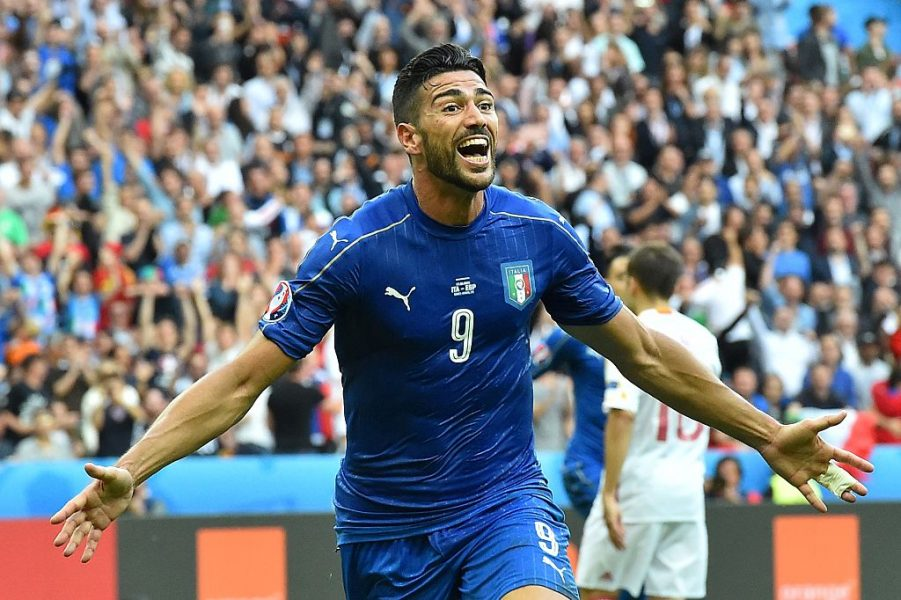 Pellé marcou o segundo gol italiano na partida. (Reprodução/Twitter UEFA Euro)