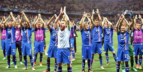 Islândia se classifica pela primeira vez para as quartas. (Reprodução/Twitter UEFA Euro)