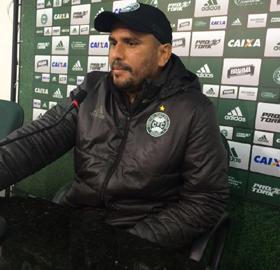 Márcio Goiano estará no banco como técnico do Coritiba no clássico. (Osmar Antônio/Banda B)