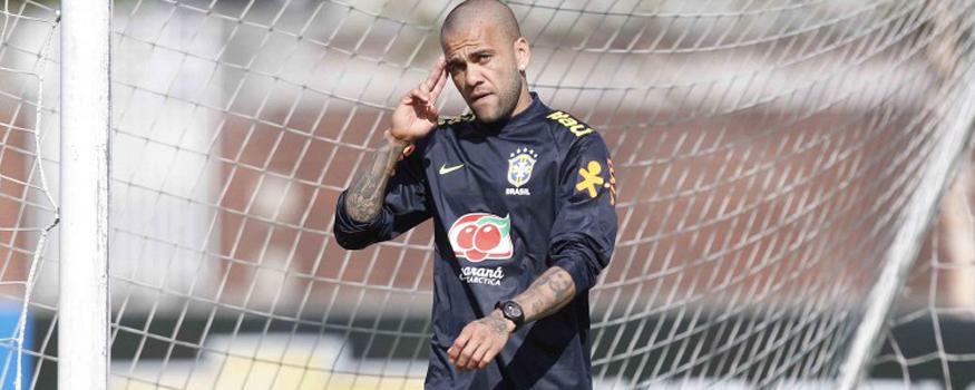 Daniel Alves vê Brasil em situação delicada. (Divulgação/ CBF)