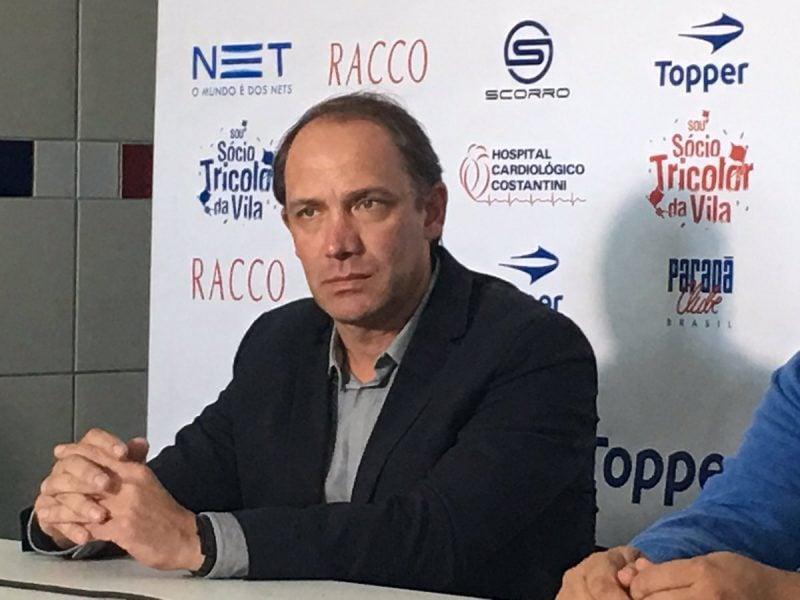 Hélcio assume a função de superintendente de futebol do Paraná. (Monique Vilela/Banda B)