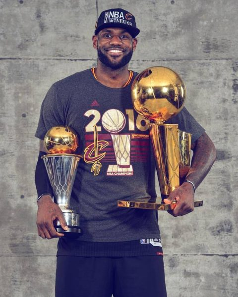 LeBron James conquistou o título que havia prometido. (Facebook/ Cleveland Cavaliers)