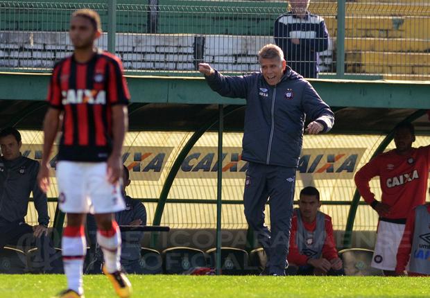 Autuori projeta jogo difícil contra Grêmio. (Divulgação/ Atlético)