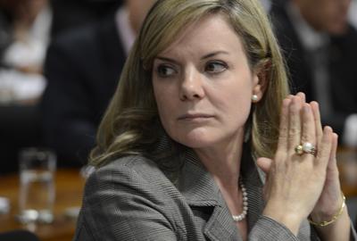 Comissão de Constituição, Justiça e Cidadania do Senado durante debate se a CPI da Petrobras será exclusiva ou ampla. Na foto, a senadora Gleisi Hoffmann  (Valter Campanato/Agência Brasil)