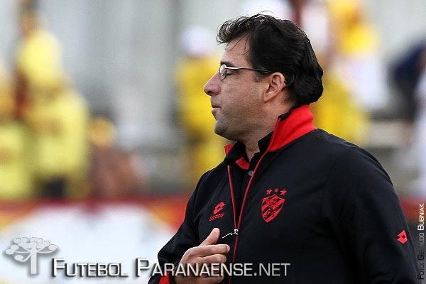 Marcelo Martelotte será o segundo técnico do Paraná no ano. (Divulgação/Santa Cruz)