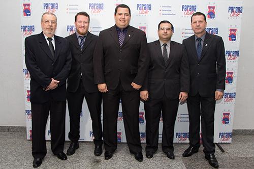 Guatura (segundo da direita para esquerda) não faz mais parte da diretoria. (Divulgação/Paraná)