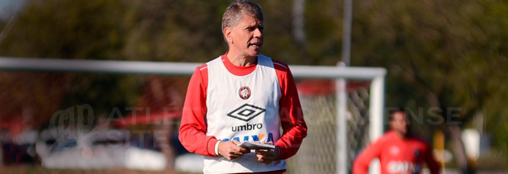 """Autuori não pensa em """"escolher"""" entre Copa do Brasil e Sul-Americana. (Divulgação/ Atlético)"""