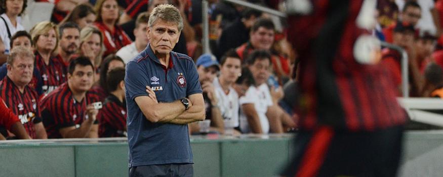 Paulo Autuori alerta sobre perigos dos próximos jogos. (Divulgação/ Atlético)