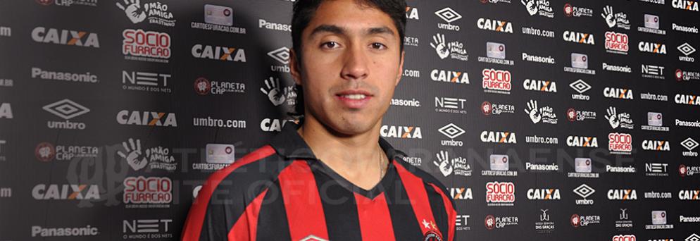 Luciano Cabral reforça o meio-campo atleticano. (Divulgação/ Atlético)
