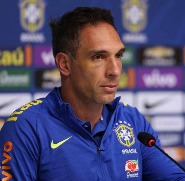 Fernando Prass não joga mais na temporada. (Divulgação/CBF)