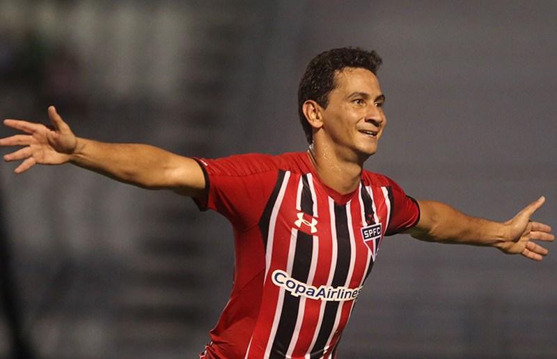 Ganso vai para o Sevilla a pedido de Sampaoli. (Rubens Chiri / saopaulofc.net)