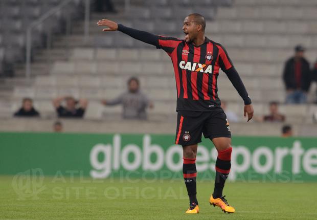 Marcão ganha oportunidades no time principal. (Divulgação/ Atlético)