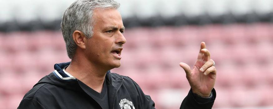 Mourinho estreou no comando do United. (Divulgação/ Manchester United)