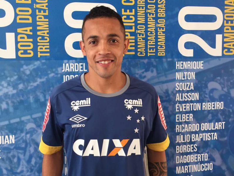Rafinha reforça a Raposa. (Divulgação/ Cruzeiro)